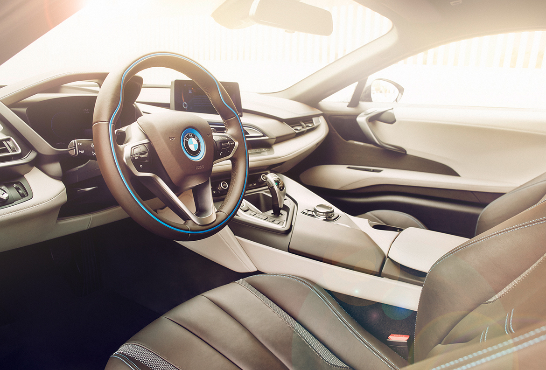 BMW i1 DRIVE_BY 02 1170px
